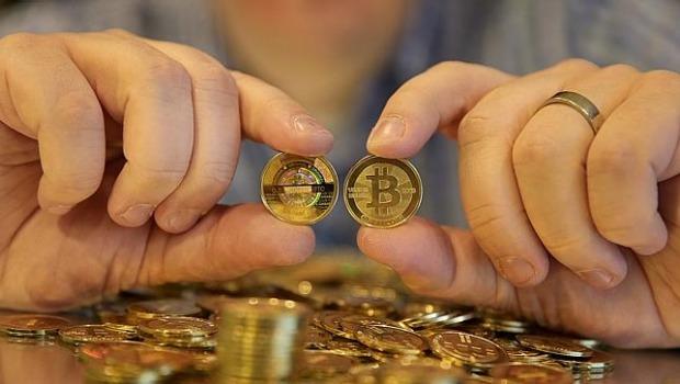 Jednostki ilości Bitcoina i Ethereum